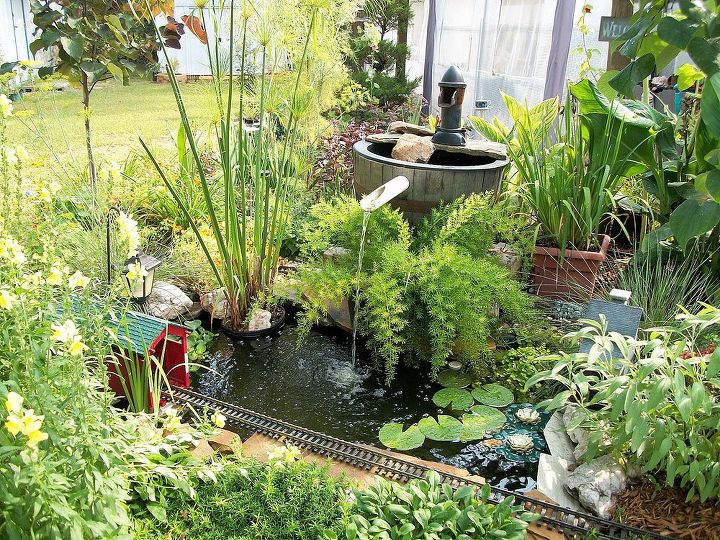 electric trains in the garden, gardening, outdoor living