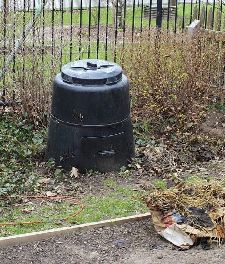 This is what we started with - just an area in the yard with a black municipal composting bin.