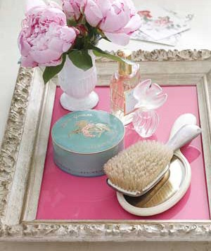 a bedside tray for pretties!!