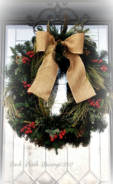christmas front porch, curb appeal, seasonal holiday decor