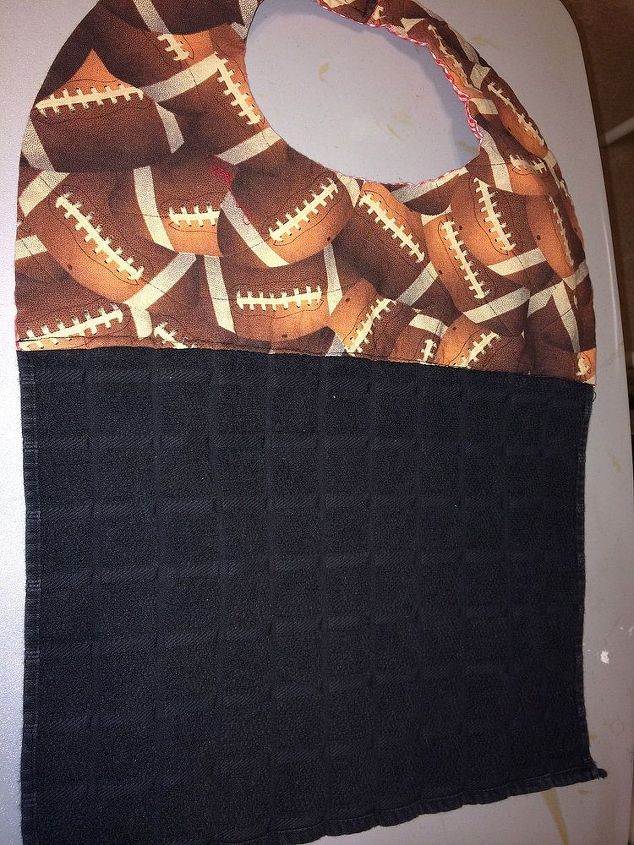sewing adult bibs, crafts, Here s the one that was a gift It only goes up to his waist I already had the material and the stabilizer Only bought the towels