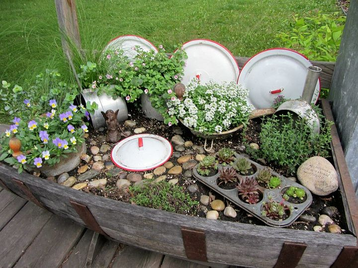 kitchen fairy garden, gardening, repurposing upcycling