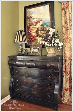 my flea market find, painted furniture, The curves on this piece are outstanding What I love the most is extra storage