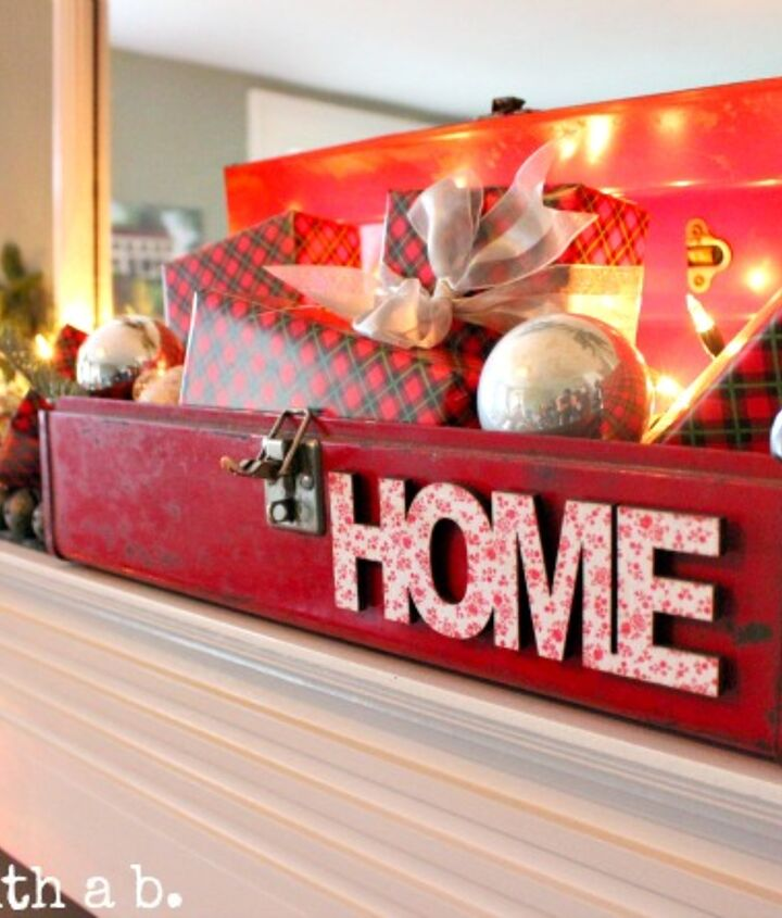 my living room mantel christmas 2012, seasonal holiday d cor