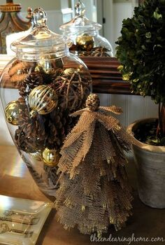 glitter and gold burlap tree, crafts, seasonal holiday decor