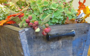 a fall box, diy, gardening, pallet, repurposing upcycling