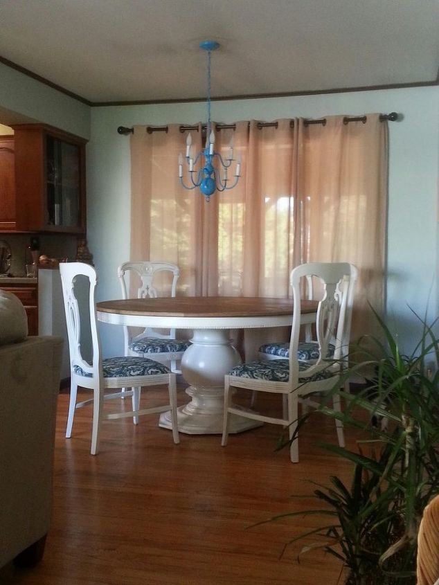 Craigslist Freebie Turned Amazing Dining Room Set For Under 100 Painted Furniture Reupholster