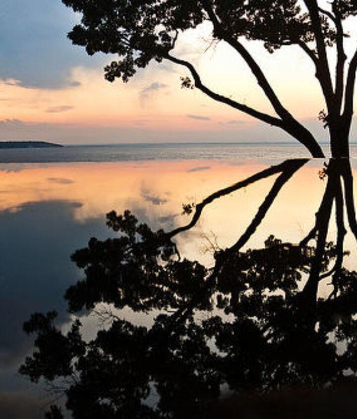 Vanishing edge pond at sunset