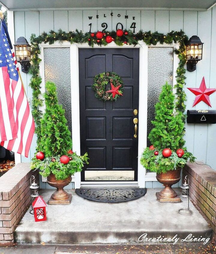 christmas front porch, christmas decorations, seasonal holiday decor