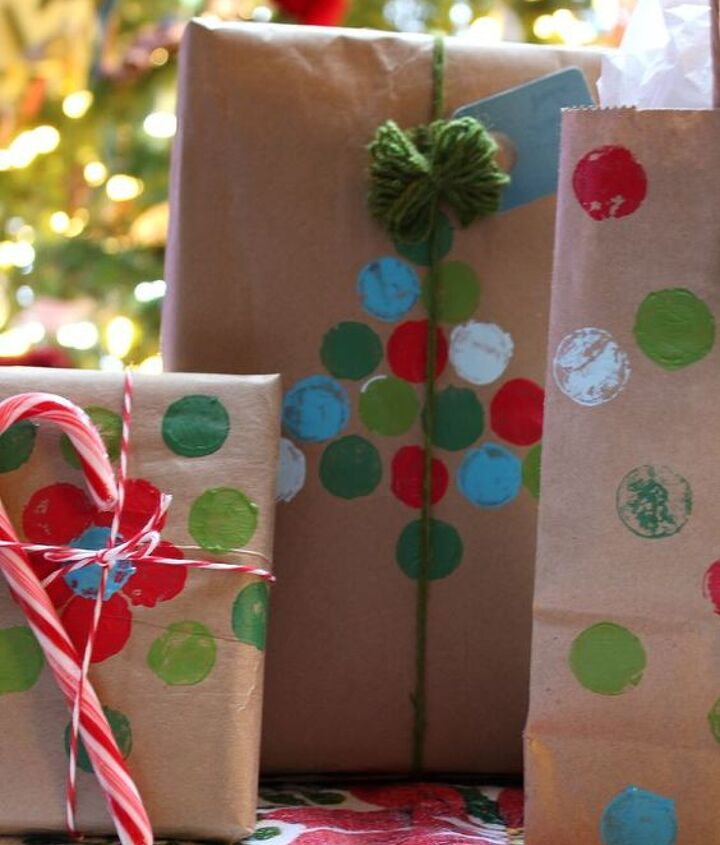 recycled brown bag gift wrap ideas, crafts, seasonal holiday decor