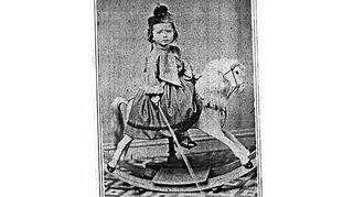 q please help me pinpoint age origin of this wooden rocking horse, home decor, painted furniture, From collection of Malcolm Briggs KNISELY View relationship to meBirth 6 Sep 1900 in Battle Creek Calhoun Co MI Death 29 May 1954 in San Joaquin California