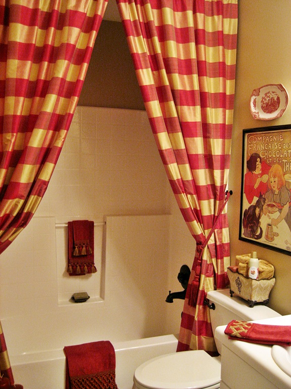 My French Country Guest Bath...with a Surprising Shower Curtain ...