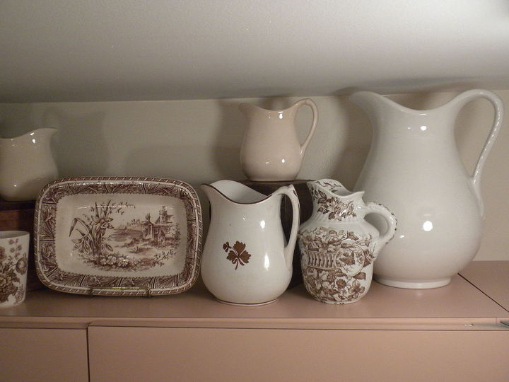 collections in a hard working laundry room, home decor, laundry rooms, repurposing upcycling