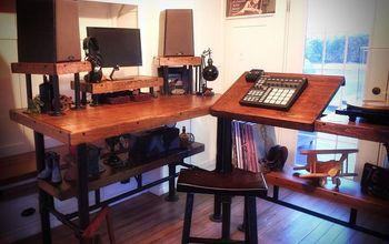 Industrial desk reveal 2 / 3