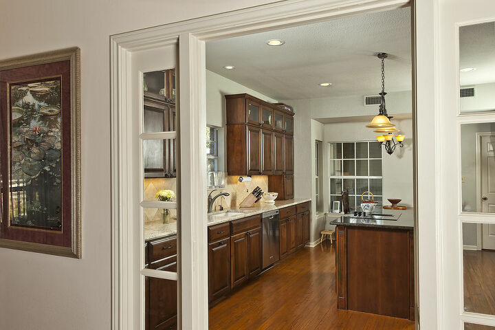 welcome come on in, appliances, countertops, home decor, kitchen cabinets, kitchen design, lighting