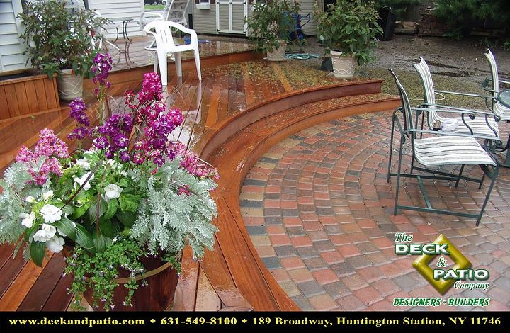 Curved mahogany Deck with curved stairs
