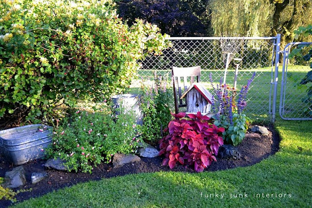 how to edge flower beds like a pro, flowers, gardening, The trench allows for water run off and soil falling and the shadow just creates a really dazzling finish