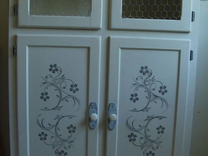 the chicken wire cabinet, painted furniture