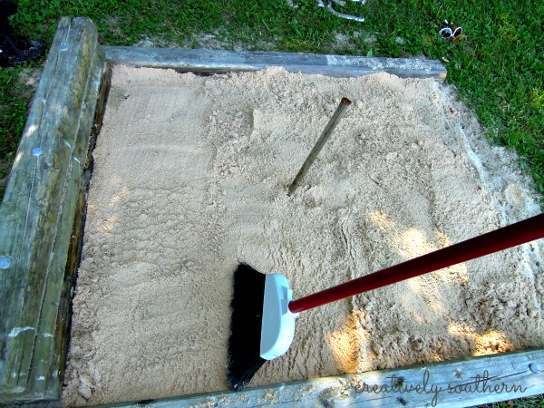 how to build a horseshoe pit, outdoor living