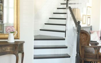 How to Paint a Staircase Black and White With All the Details!