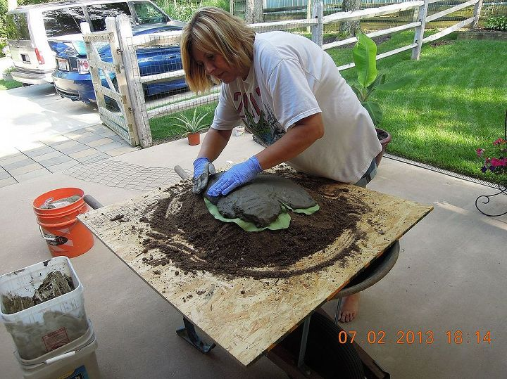 applying the cement to the leaf , I started in the middle & worked my way out to the edge of the leaf about an inch thick