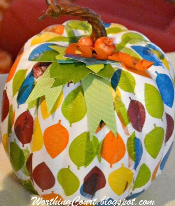 Leafy pattern pumpkin