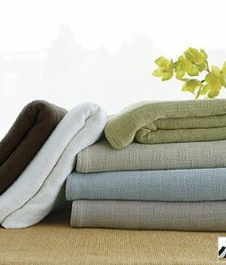 5. The Blanket: Blankets come in a many different weights and fibers, and should be chosen based on your needs. http://bit.ly/Uy9jU0