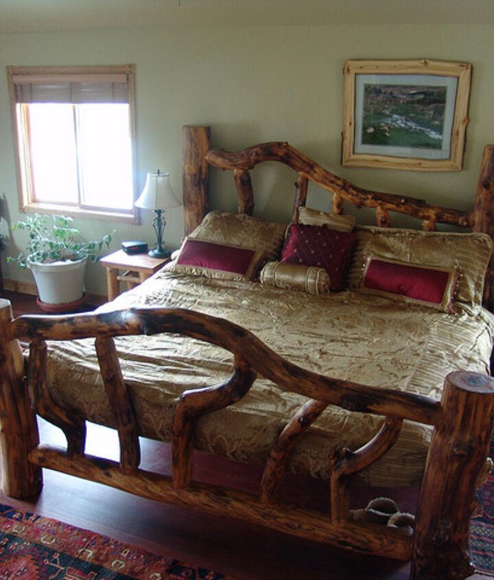 King sized Aspen log bed