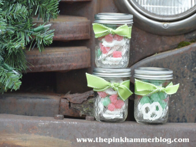 jelly jar gifts package gifts for loved ones inside of canning jars, christmas decorations, mason jars, seasonal holiday decor