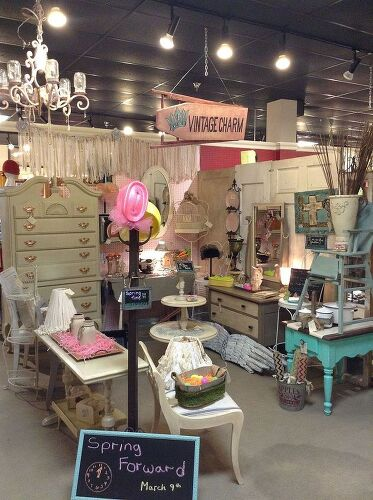I\'m needing recommendations for trendy home decor wholesale ...