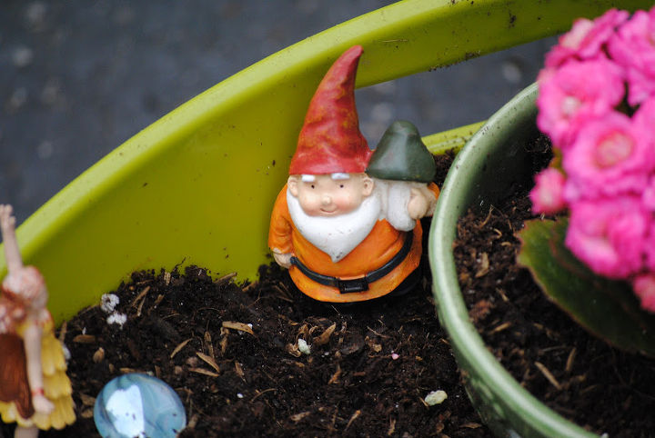 But don't forget a gnome or two  {wink}