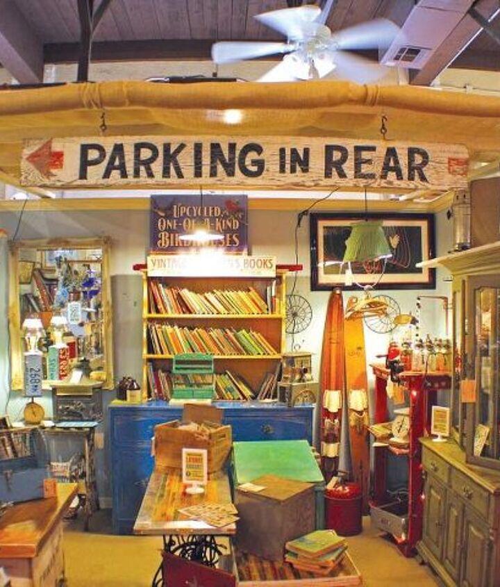 GadgetSponge.com Antique Booth