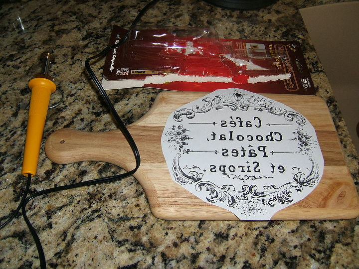 Woodworker's Transfer Tool, Cutting Board, Graphic from The Graphic's Fairy-Follow the link, at the top of my blog, to order this tool.