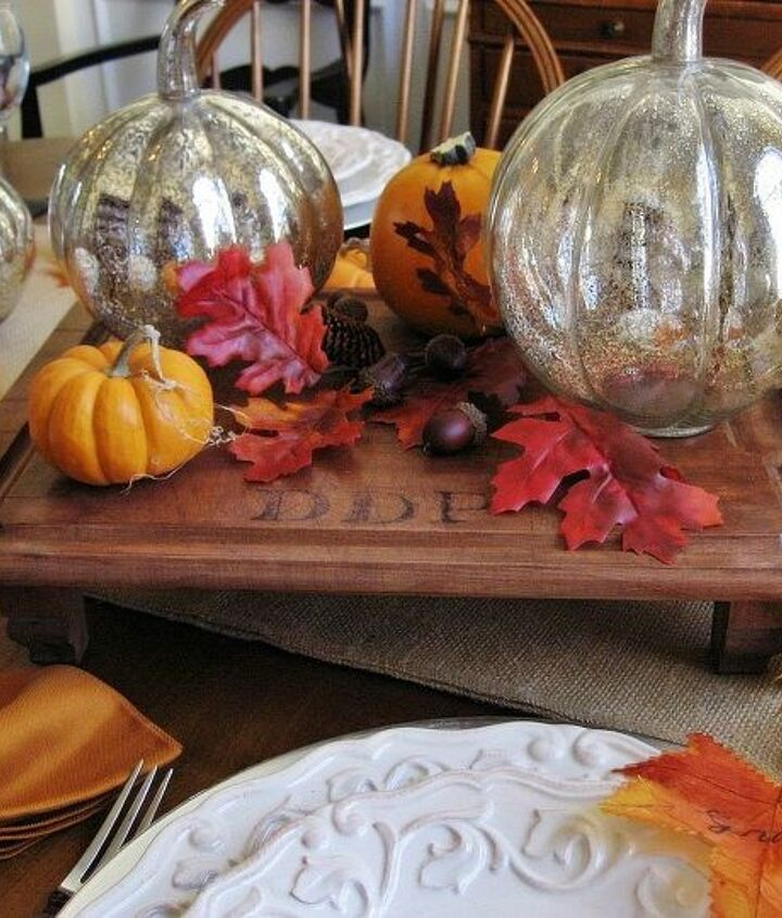 It starred as the platform for my centerpiece in my Thanksgiving tablescape.