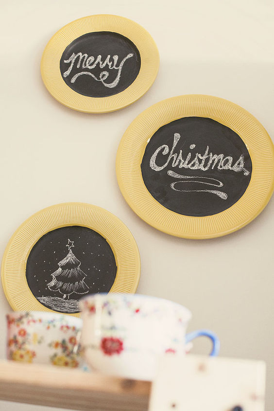 Decorating with upcycled chalkboard plates! | Hometalk