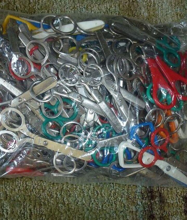 65 pair of little scissors