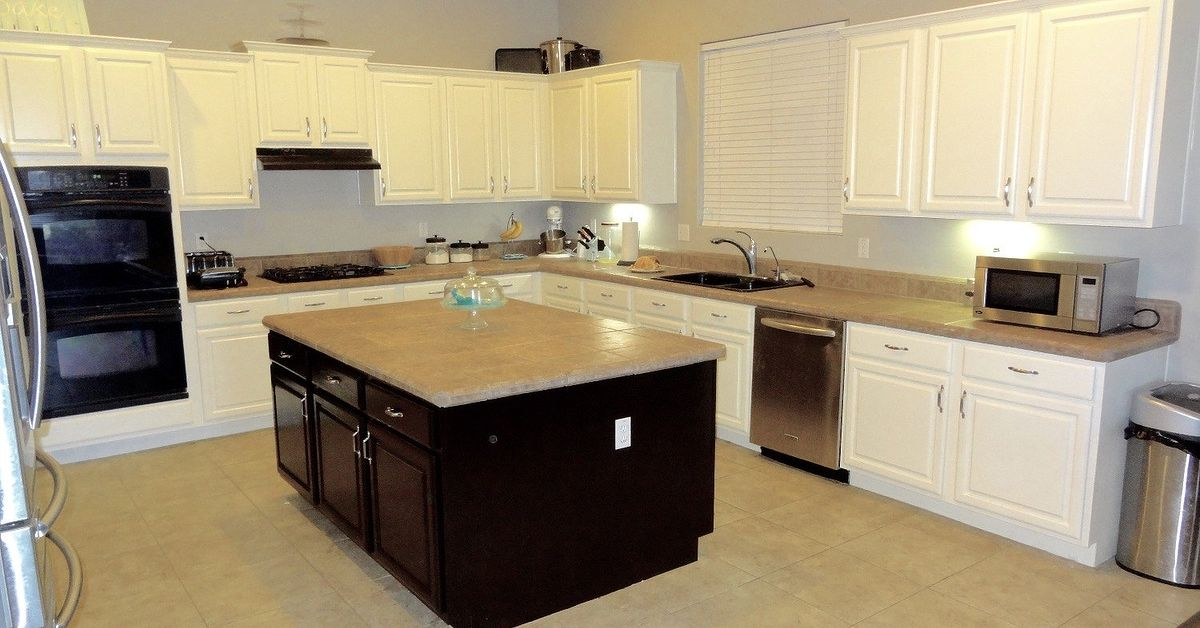 organize cabinets in the kitchen how to paint kitchen cabinets white best paint for the 24099
