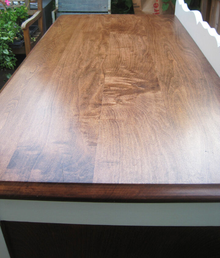q vintage maple dresser should we have went with black, painted furniture