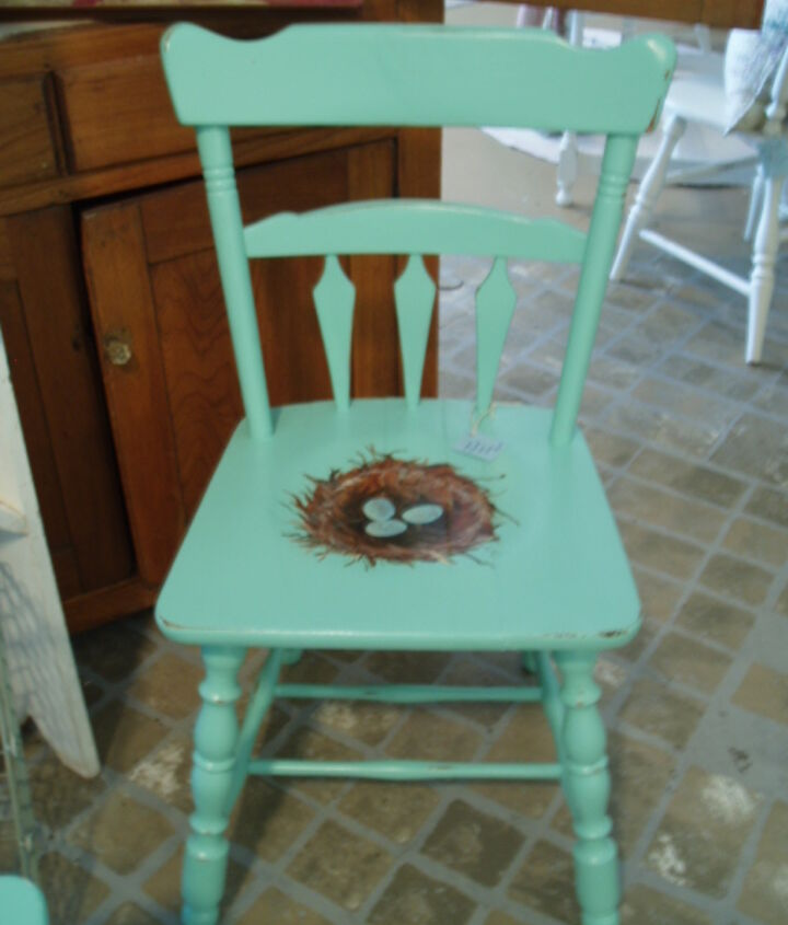 Cast off chair becomes a nested cutie!