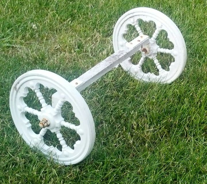 i need creative ideas on how to use this set of wheels separate, repurposing upcycling