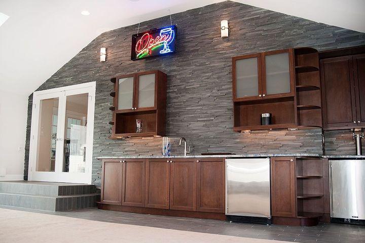 The New Gameroom Wetbar!http://www.proskillnj.com/content/gourmet-nj-kitchen-remodel