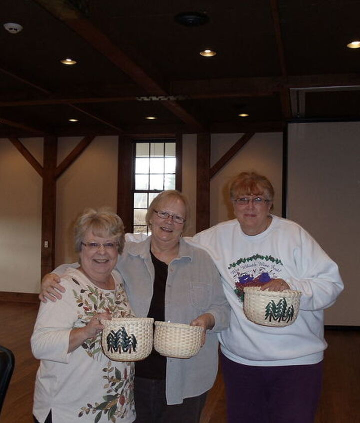 Instructors and me with our finished baskets, again theirs are smaller and it all depends on how u wrap, all same size but you would not know it