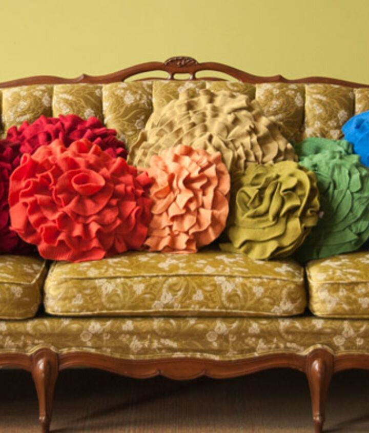 Color Blocking: Throw Pillows