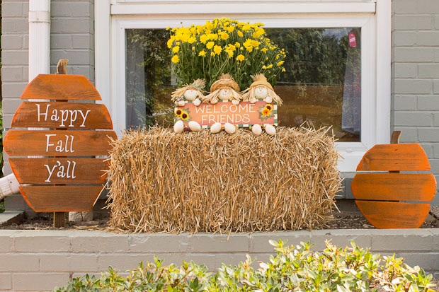 Outside display with pumpkins