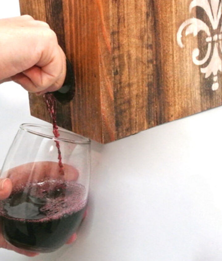 making a fancy boxed wine holder, diy, how to, pallet
