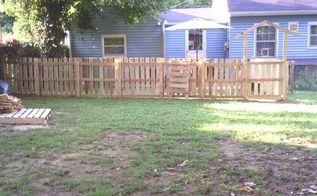pallet fence, fences, outdoor living, pallet, repurposing upcycling