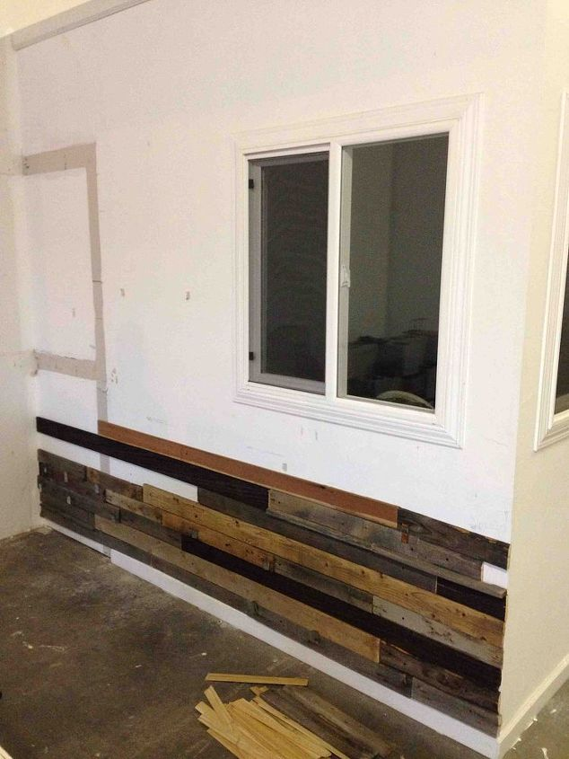 Reclaimed Wood Wall Repurposing Upcycling Decor Woodworking Projects Started