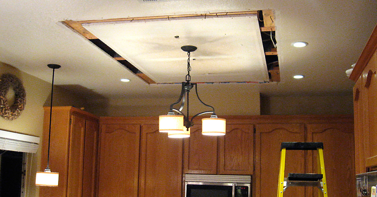 Replacing/Updating Fluorescent Ceiling Box Lights With Ceiling Molding  Hometalk