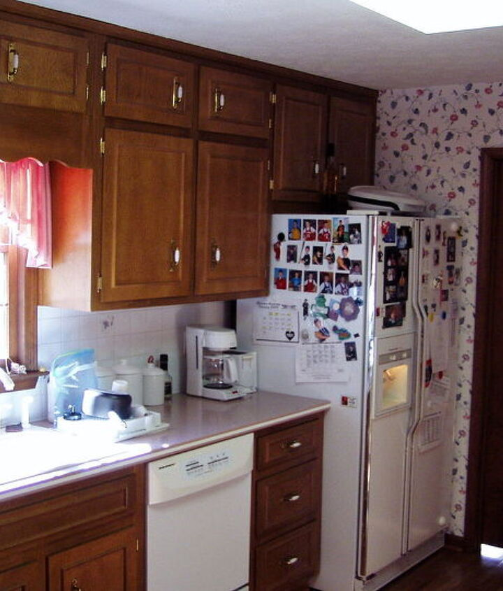 Whoa. The Kitchen Before.