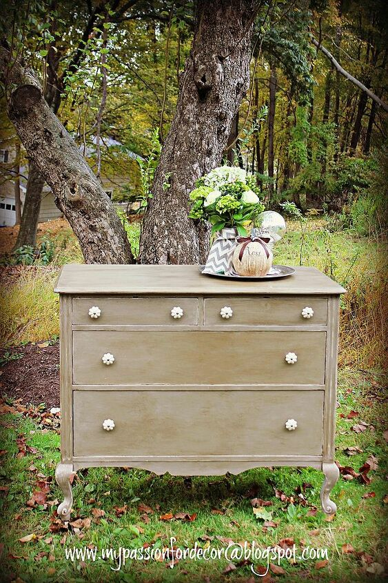 transforming a forgotten and ugly dresser into a beauty, home decor, painted furniture, Chalk Paint by Annie Sloan in French Linen